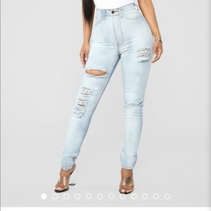 Fashion nova skinny jeans size 1